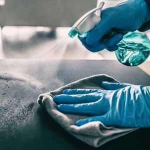 Vejledning i rengøring og desinfektion af overflader